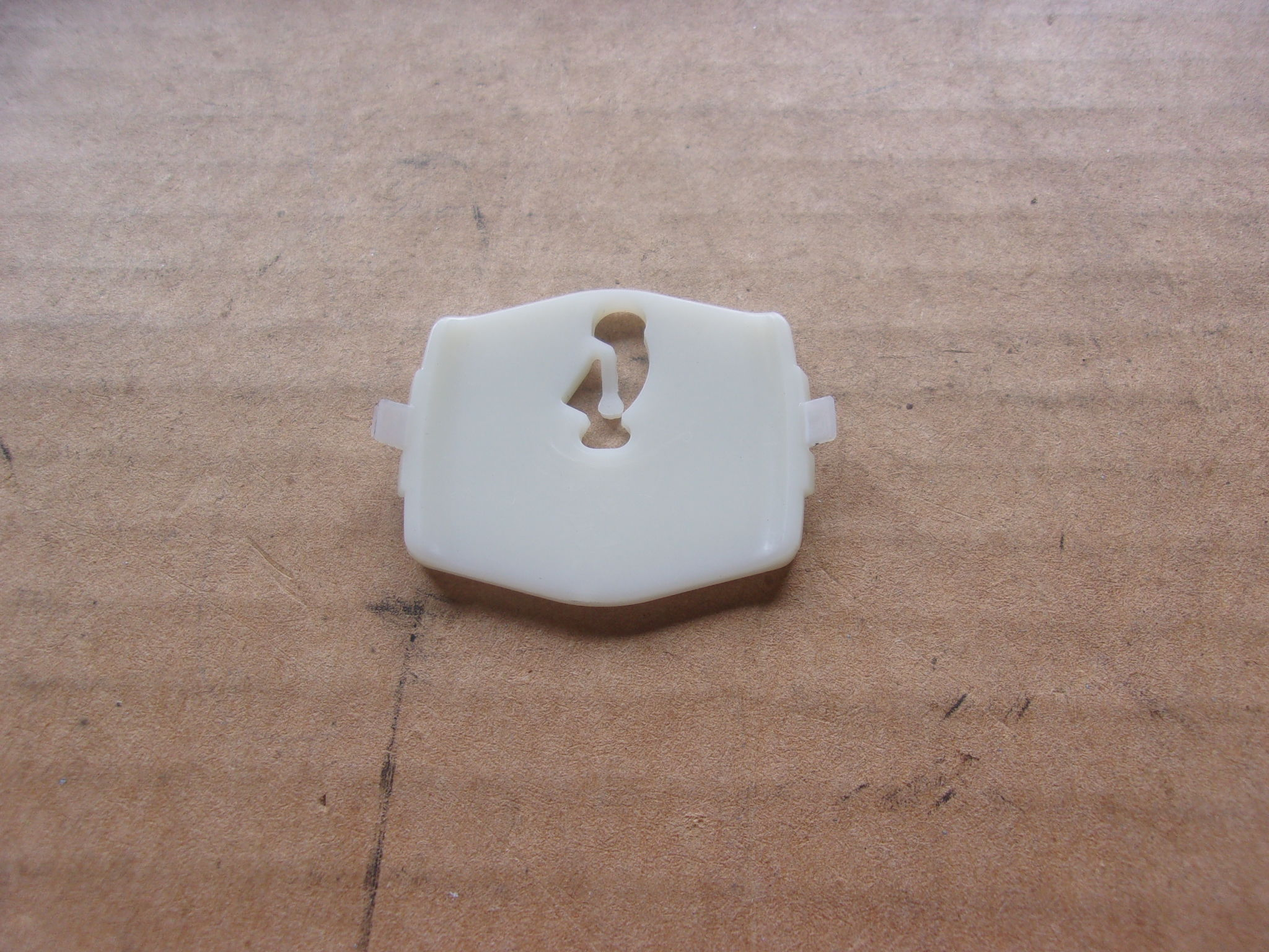 69 Barracuda 70-72 Duster WIDE Rocker Moulding Clip